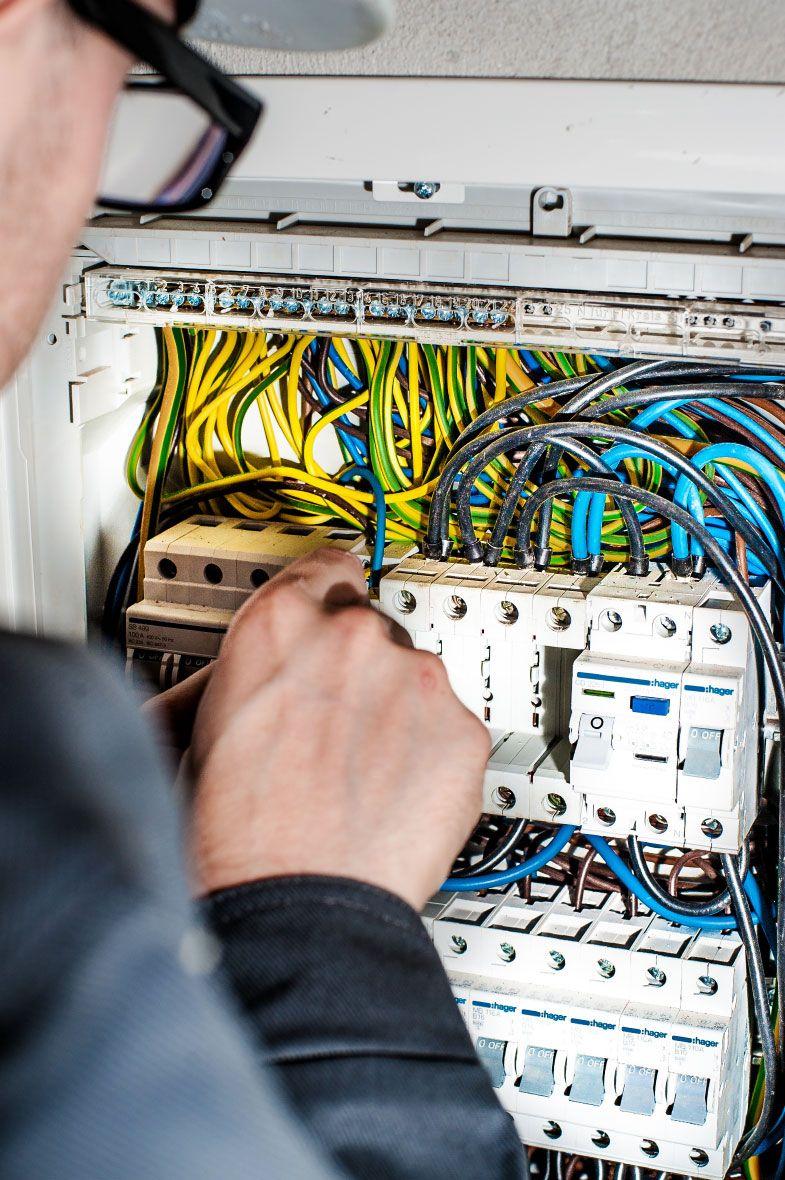 Proiectare si verificare instalatii electrice